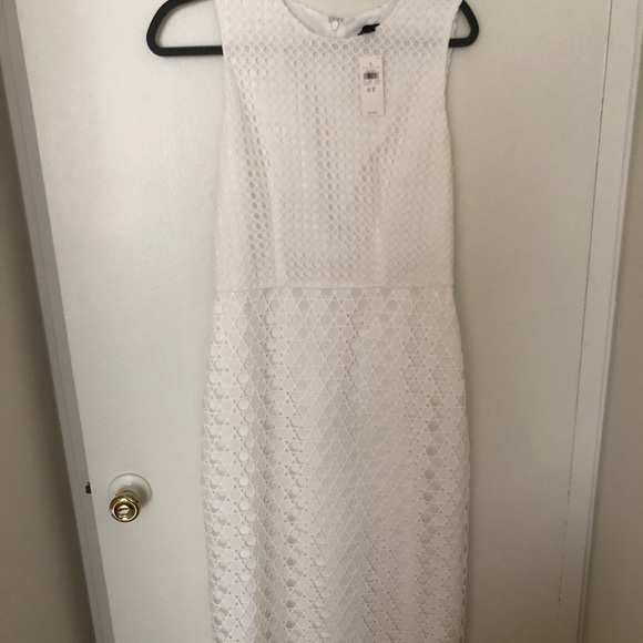 Ann Taylor Dresses & Skirts - NWT Ann Taylor white midi dress